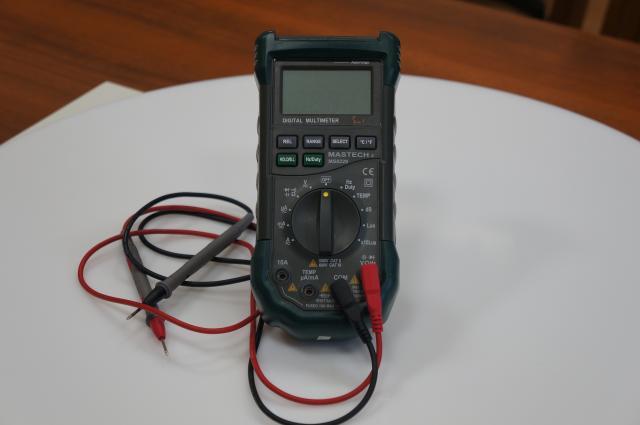 MASTECH MS8228 Цифровой мультиметр